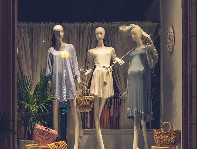 3 najpiękniejsze butiki w Warszawie, w których można podziwiać nie tylko ubrania
