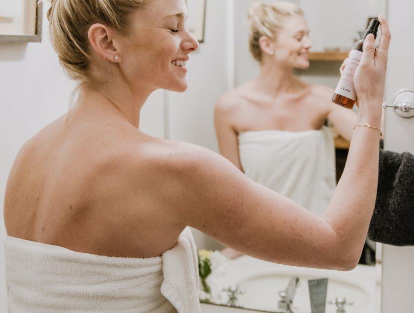 Jakich kosmetyków do pielęgnacji używać zimą?